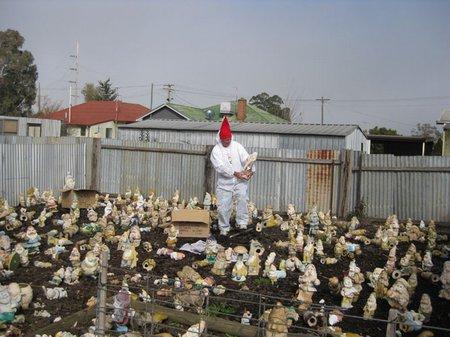 Gnome Farmer_Neatorama 090730