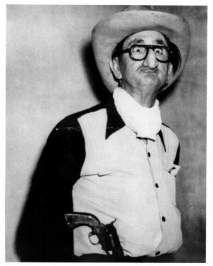 Grandpappy Strutts Gunslinger