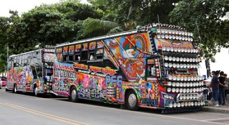 Thai Tourbus