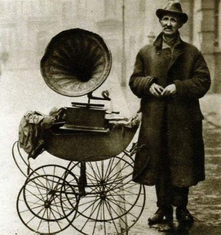 London DJ 1920