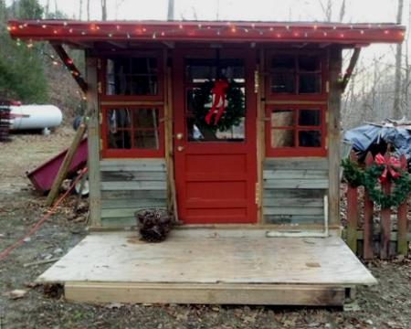 christmas-shack-1