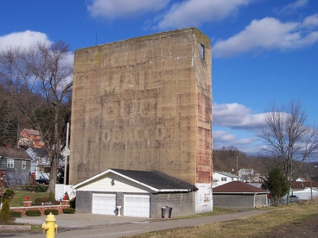 mail-pouch-silo-ohio
