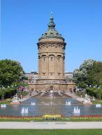 Friedrichsplatz_(Mannheim)_Wasserturm