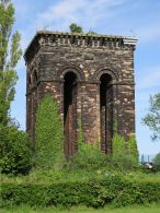 Water_tower_on_Tower_Hill_Ormskirk
