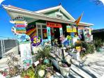 Mardi Gras Float House7
